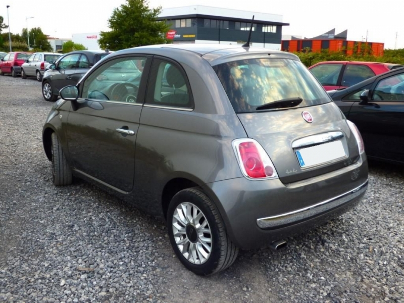 Photo 12 de l'offre de FIAT 500 Lounge 1.2 8v 69 Très Belle à 9300€ chez Garage Serieys Auto