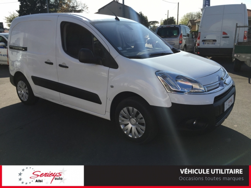 Photo 1 de l'offre de CITROEN BERLINGO VU Business 1.6 EHDi 90 ETG6 GPS à 7800€ chez Garage Serieys Auto