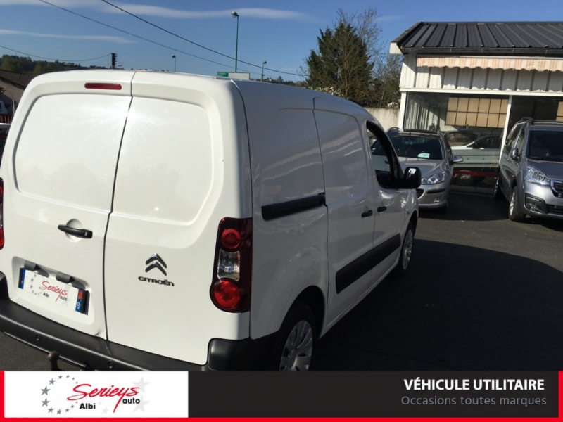 Photo 8 de l'offre de CITROEN BERLINGO VU Business 1.6 EHDi 90 ETG6 GPS à 7800€ chez Garage Serieys Auto