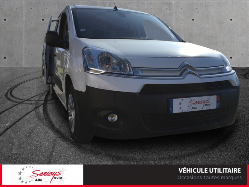 Photo 17 de l'offre de CITROEN BERLINGO VU Business 1.6 EHDi 90 ETG6 GPS à 7800€ chez Garage Serieys Auto